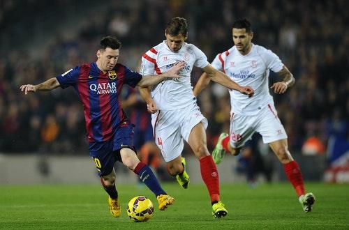 Lionel Messi, Grzegorz Krychowiak