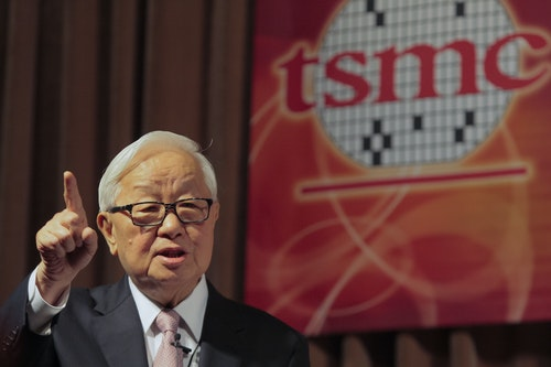 張忠謀 台積電 Taiwan Semiconductor Manufacturing Co (TSMC) Chairman and Chief Executive Morris Chang speaks during a second quarter earnings conference in Taipei