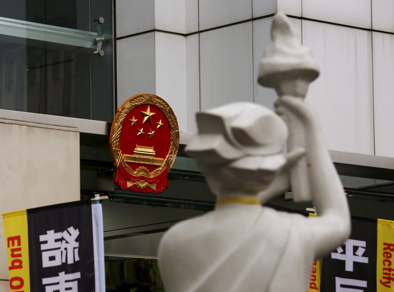 太陽花、雨傘和六四,重點是期待未來華人世界更民主