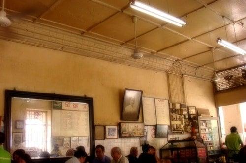 一家位於麻六甲,始自1928年的傳統咖啡店,已傳承三代。Photo Credit:<a href=