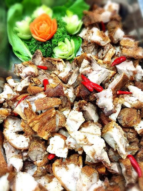廚房也有提供菲律賓外燴服務。Photo Credit:宿舍事業處餐飲管理