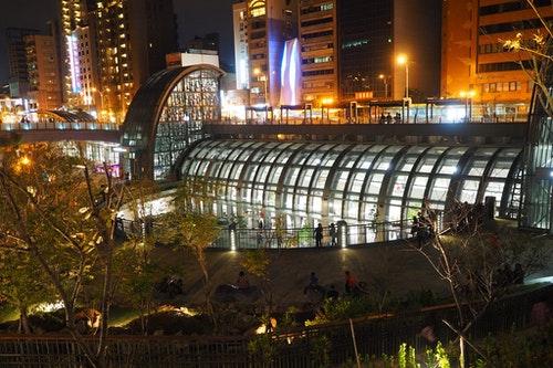 台北捷運大安森林公園站