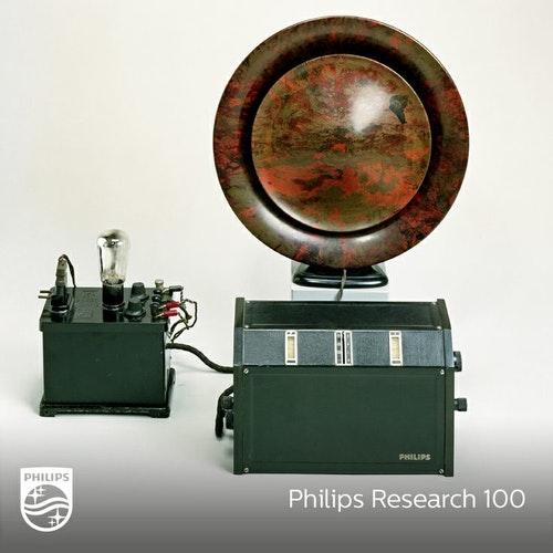 1927年飛利浦所推出的第一代收音機。Photo Credit: 飛利浦官網