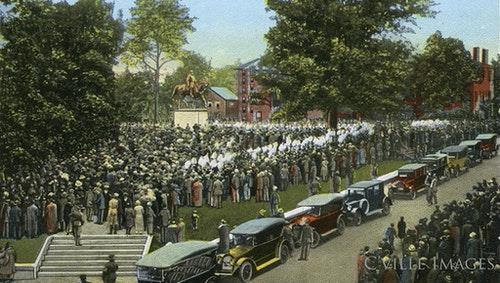 解放公園(原勞勃李公園)內的李將軍雕像落成典禮,1924年