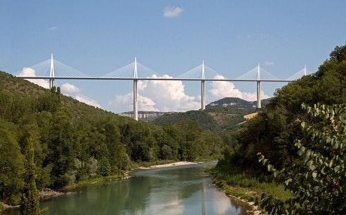 Millau_bridge
