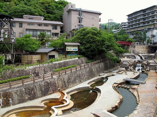Arima_Onsen_River_2013