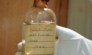malt-mill-being-placed-in-display-cabine