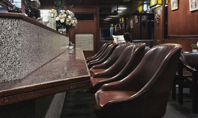 再忙,也要去那家記得你喜好的店:六家開業30年以上的老派咖啡館