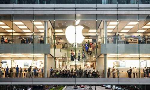HONG KONG, CHINA - MARCH 19: Apple Store in the city center on March, 19, 2013, Hong Kong, China. Apple is a very popular worldwide brand name.