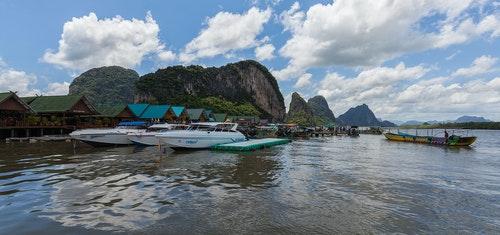 Isla_Panyee,_Phuket,_Tailandia,_2013-08-