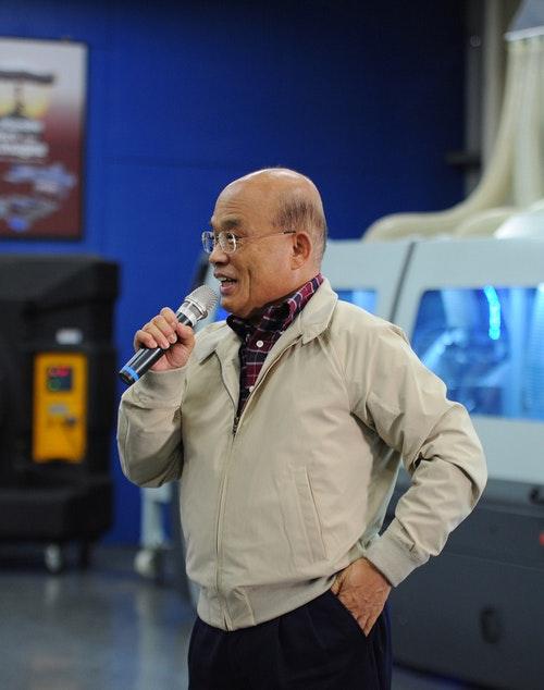 蘇貞昌參訪勝源機械(1)