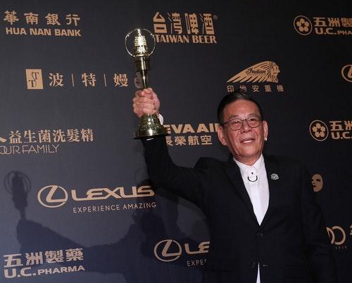 金鐘54 龍劭華喜獲戲劇節目男主角獎