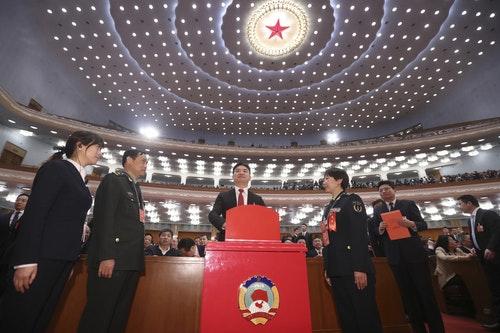 央視:劉強東因個人原因請辭政協委員