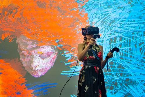 HTC故宮南院奇幻之夜-VR藝術家Anna_Dream_Brush現場表演(2)