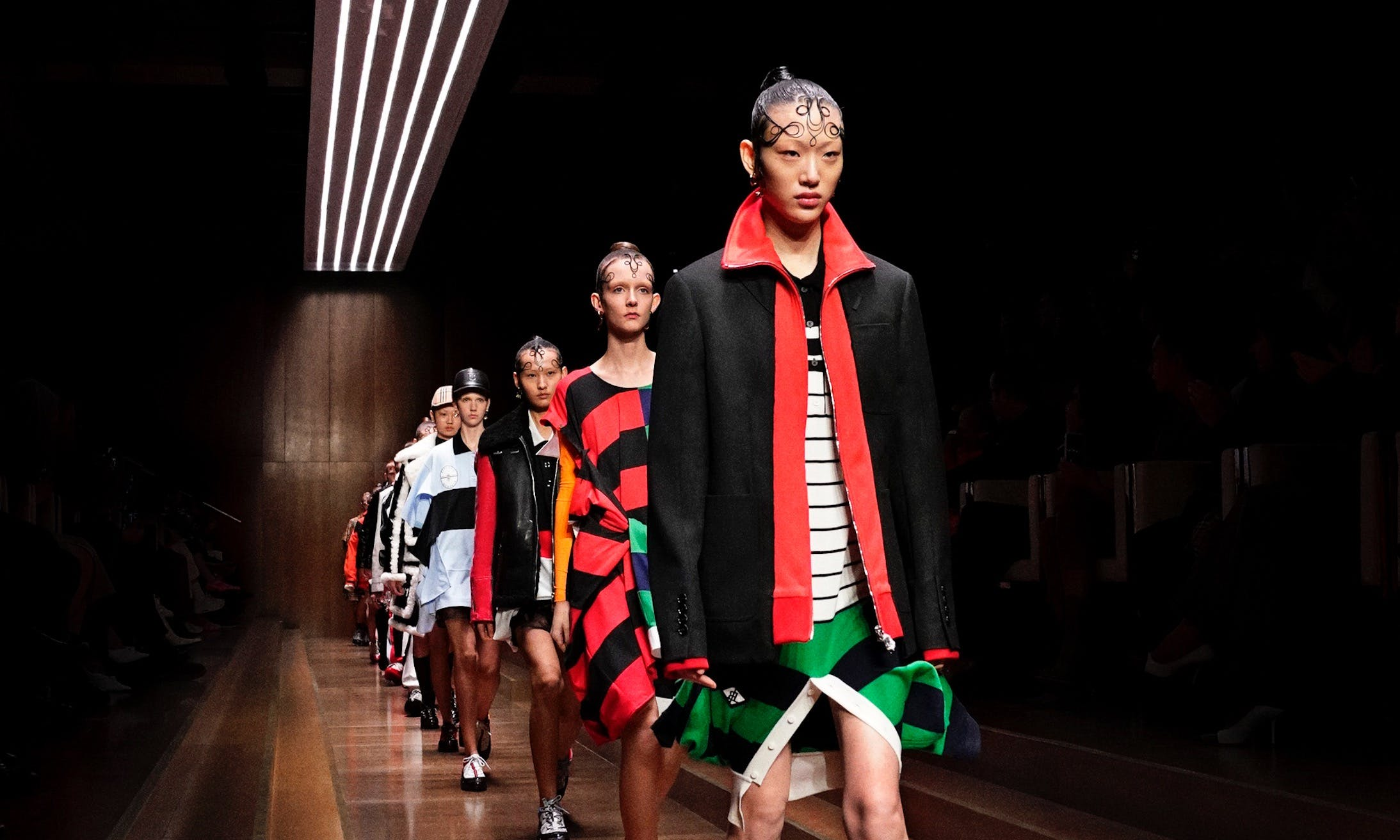 Burberry-Autumn_Winter-2019-Finale_002-2