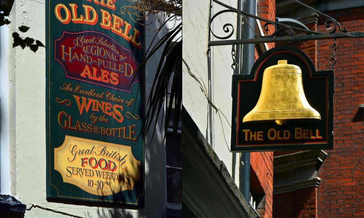在英國酒吧裡,只有外行人才會想喝超市賣的啤酒品牌