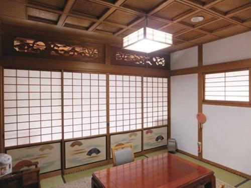 p_167_古泉溫泉「鶴靈泉」的方格天花板