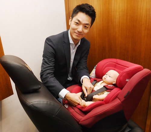 蔣萬安:推動修法  延長後向式乘坐年齡