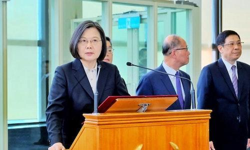 蔡總統結束自由民主永續之旅返國(2)