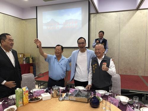 朱立倫苗栗出席餐敘 與劉政鴻徐耀昌笑臉同框