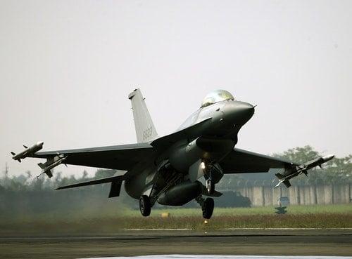 春節戰備空軍操演F16V(2)