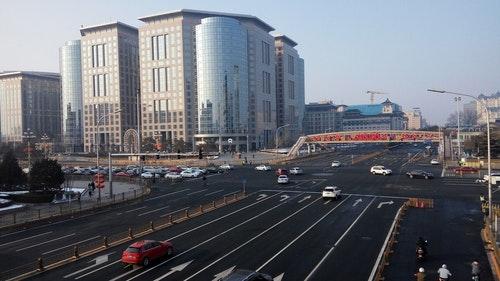 中國各地軟封城 北京各街道未湧入返城人員