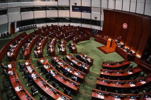 北京擬改革香港政治 立法會選舉恐再延後